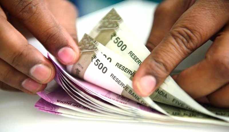 House Wife - Cash Loans - Income Tax