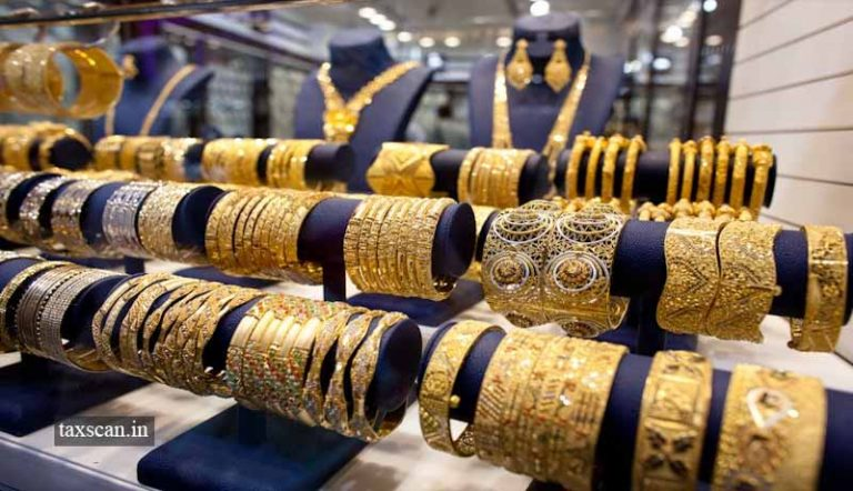 It is Unlawful to deny Option to Redeem Goods on Payment of Fine, even if the limit for Importation of Jewellery is exceeded: CESTAT [Read Order]